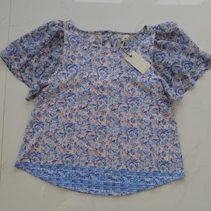 Lucky Brand Blue floral rose white flare sleeve M